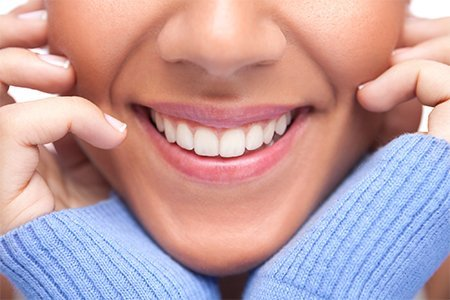 Как избавиться от флюороза? Профилактика и лечение флюороза в частной стоматологической клинике «Аполлония» рядом с метро Чертановская